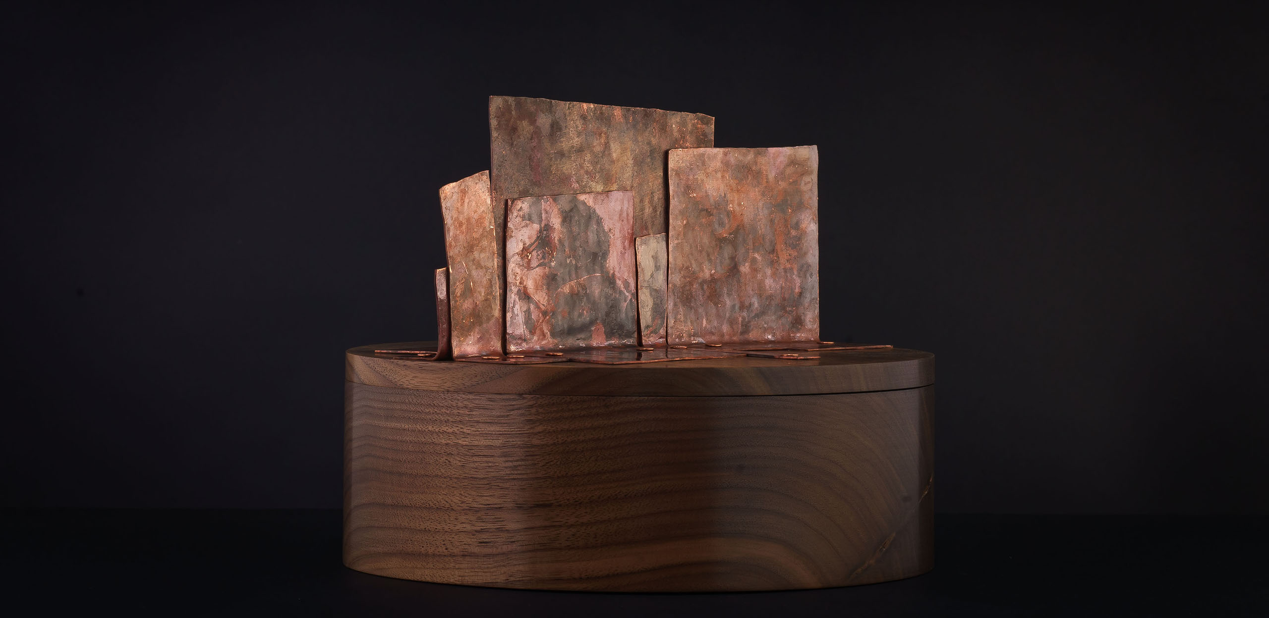 Memorial Box - walnut / copper