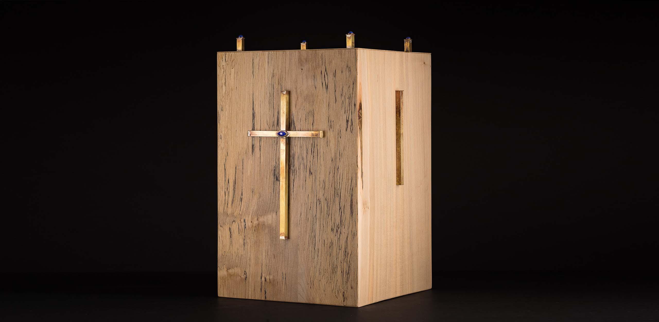 Urne aus AHorn-Holz, Messing, Lapislazuli